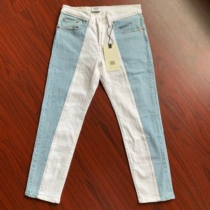 Levi's 501 Taper Cropped Jeans 26x26